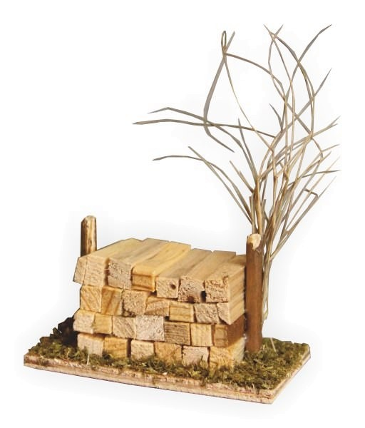 Brennholzstoss für Krippenställe